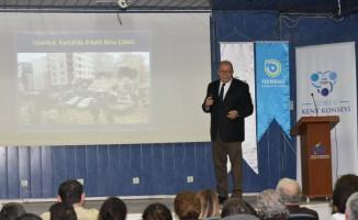 Çorlu'da 'Deprem ve Şehir Afetleri' paneli düzenlendi