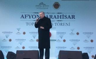 """Cumhurbaşkanı Erdoğan: """"Kazandığımız davaları Mehmetçik Vakfına hibe edeceğiz"""""""
