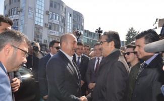 Dışişleri Bakanı Çavuşoğlu Kuşadası'nda