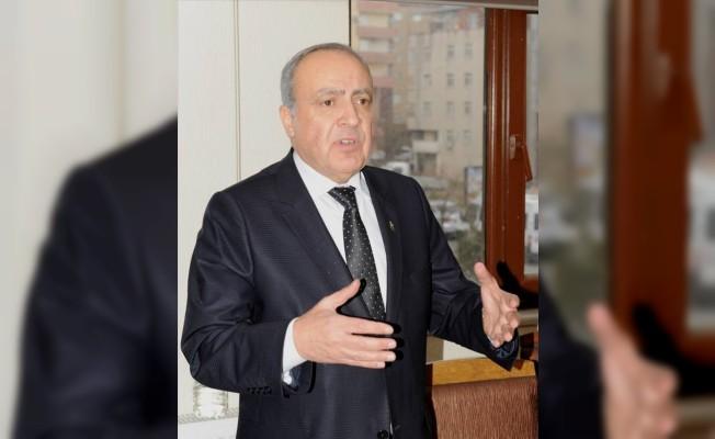 """Dr. Nihat Özkan: """"Gün ayrışma değil, birleşme günüdür"""""""