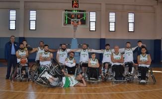 Engelleri aşıp basketbolla hayata tutundular