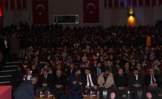 Erzurum'da 'Bir Bilenle Bilge Nesil' yazar öğrenci buluşmaları