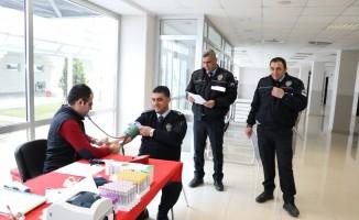Eskişehir Emniyet Müdürlüğü personelinden kan bağışı