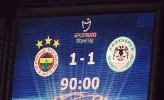 Fenerbahçe, 10 kişilik Konyaspor ile berabere kaldı