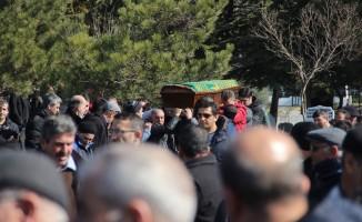 Hisarlar eski CEO'su Zafer Türker son yolculuğuna uğurlandı