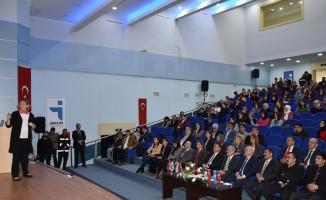 HRÜ'de  kariyer günü etkinliği yapıldı
