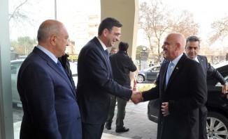 Irak Büyükelçisi Al-Khateeb ve beraberindeki heyet GSO'da sanayicilerle buluştu