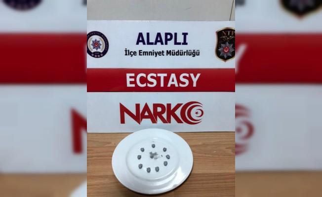 İstanbul'dan geldiği ilçede uyuşturucu ile yakalandı