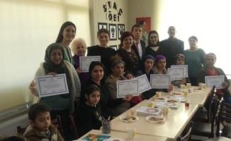 Kadın Sağlığı eğitimini tamamlayanlara sertifika