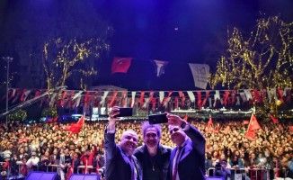 Manavgat Kent Meydanına Kıraç konserli açılış