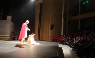 Marmaris Tiyatro Günleri devam ediyor