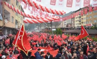 MHP'den Yenice'de gövde gösterisi