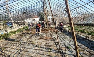 Muratpaşa Belediyesi yaraları sarıyor