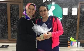 Nesrin Can spor merkezindeki kadınları ziyaret etti