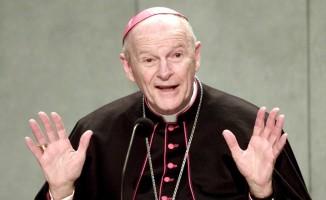 Papa, Washington'un eski Kardinalini cinsel taciz suçu sebebiyle din papazlıktan çıkardı