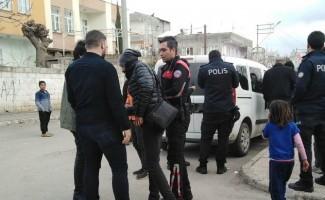 Polis ekipleri çalınan horozları buldu