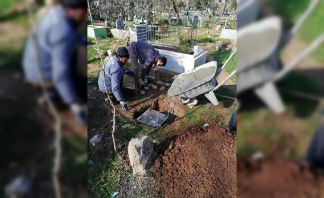 Silopi'de mezarlıklar onarıldı