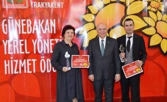 Süleymanpaşa Belediyesi projeleriyle ödüle doymuyor