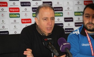 """Taner Öcal: """"Ben ve ekibim sezon sonuna kadar görevin başındayız"""""""