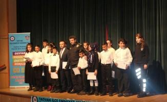 Tatvan polisinden çocuklara müzik kursu