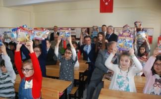 Tokat'ta 200 bin kitap çocuklarla buluştu