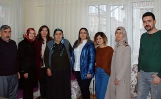 Vali Pekmez'in eşi Yeşim Pekmez şehit aileleri ile bir araya geldi