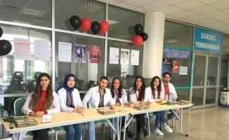 Hemşirelik Bölümü öğrencileri bilgilendirme standı açtı