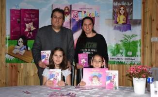 İlkokul öğrencisi yazar kitaplarını imzaladı