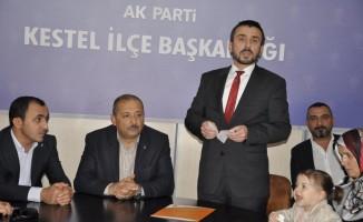 Kestel'de belediye başkanlığına AK Parti adayı Önder Tanır seçildi.