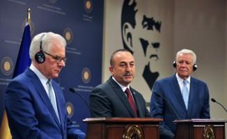 Bakan Çavuşoğlu: ''Müttefiklerimiz ve NATO da çok iyi anlamalıdır ki bizim hava savunma sistemine acilen ihtiyacımız var''