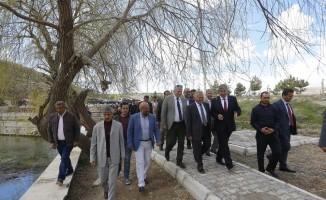 Başkan Büyükkılıç, Bünyan ilçesinde bir dizi ziyaret ve incelemelerde bulundu