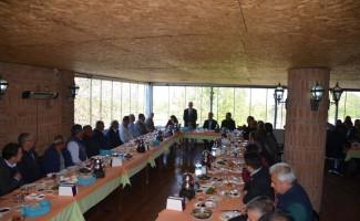 Başkan Günel, esnaf ve şoför temsilcilerinin olağan başkanlar meclisine konuk oldu