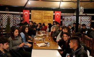 Başkan Tanış, gençlerle 'Hasbihal Gecesi'nde buluştu