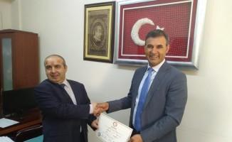 Belediye Başkanı Akkuş mazbatasını aldı
