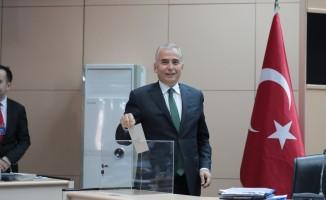 Büyükşehirde seçimlerin ardından ilk meclis toplantısı yapıldı