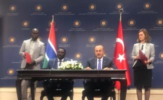 Dışişleri Bakanı Çavuşoğlu: ''Gambiya, dünyada FETÖ okullarını kapatan ilk ülke olmuştur''