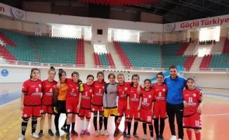 Diyarbakır Elif Livan Ortaokul şampiyon oldu
