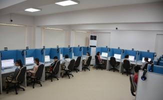 Dört beceride ilk Türkçe elektronik sınavı düzenledi