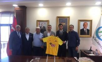 Eskişehirspor'dan Kadir Bıyık'a hayırlı olsun ziyareti
