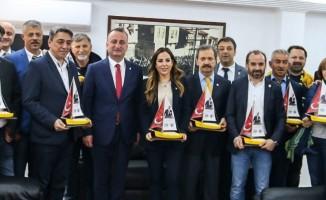 Fenerbahçe'den Başkan Ayhan'a kutlama