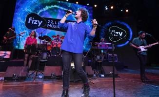 fizy 22. Liseler Arası Müzik Yarışması'nda oylama heyecanı sürüyor