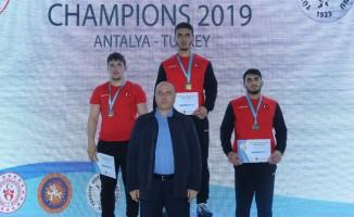 Gençler Şampiyon turnuvasının ilk gününde 25 madalya