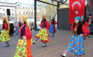 İsveç'te 23 Nisan Ulusal Egemenlik ve Çocuk Bayramı kutlandı