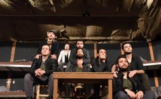 """""""Kamp 17"""" adlı oyun İzmirliler tarafından çok beğenildi"""