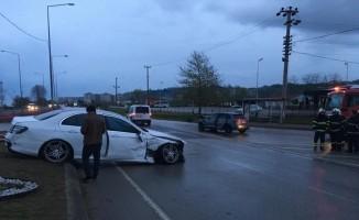Kazada yaralanan futbolcu ve nişanlısı Trabzon'a sevk edilecek