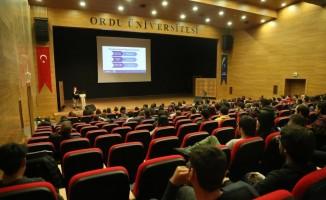 Öğrencilere ABD'deki eğitim imkanları anlatıldı