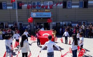 Öncüpınar'da  23 nisan kutlaması