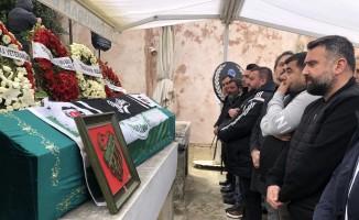 (Özel) Antalya'da trafik kazasında hayatını kaybeden futbolcu Gürkan Helvacıoğlu son yolculuğuna uğurlandı