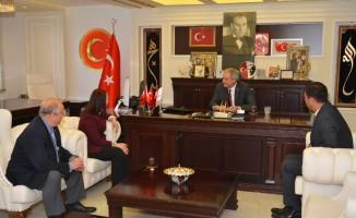 Pazaryeri Belediye Bakanı Zekiye Tekin'den, Başkan Bakkalcıoğlu'na 'hayırlı olsun' ziyareti