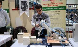 Sakarya'da 'Edurotech Robot' şenliği başladı
